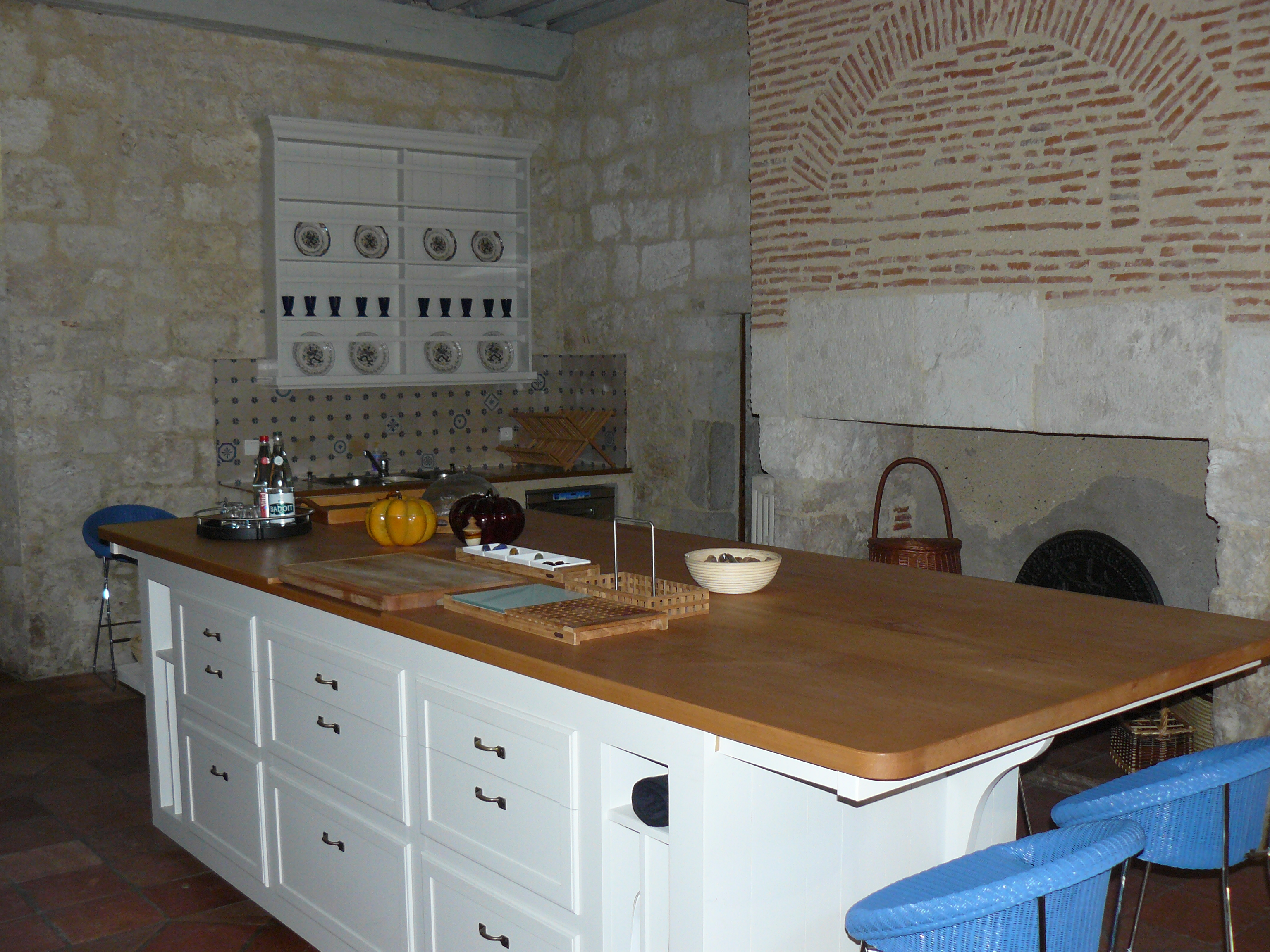 Lot central l 39 atelier de doroth e - Ilot central cuisine bois ...